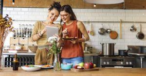 Consejos de mantenimiento y limpieza de los utensilios en la cocina celíaca, para una comida sin gluten